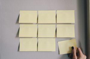 ¿Qué es un Backlog y cómo se relaciona con los productos y los proyectos?